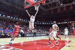 2015 baloncesto del NCAA - Templo-La de los cuartos de final del NIT tech Imagen de archivo libre de regalías