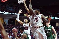 2015 baloncesto del NCAA - templo-Tulane Fotografía de archivo libre de regalías