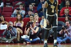 2015 baloncesto del NCAA - templo - UCF Fotos de archivo
