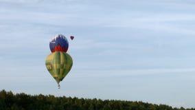 Balones de aire en el cielo