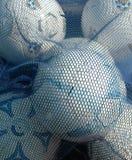 Balones de fútbol blancos y azules imagenes de archivo