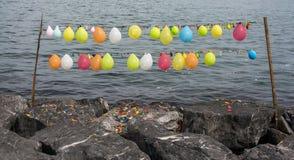 Balonowa mknąca gra z balonami wiązał na sznurku Zdjęcie Royalty Free