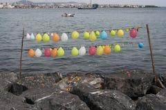 Balonowa mknąca gra z balonami wiązał na sznurku Zdjęcia Stock