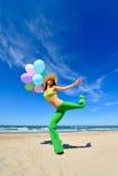 balony beach kolorowej dziewczyny obrazy royalty free