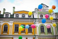 Balony na chmurnym niebie Zdjęcie Royalty Free