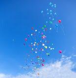 Balony w niebie obrazy stock