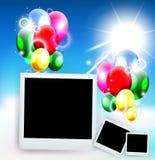 Balony z ramową fotografią dla urodzinowego tła Obrazy Stock