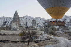 Baloon πέρα από Cappadocia Στοκ Φωτογραφίες