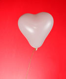 Baloon blanc de coeur Photos stock