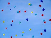 Baloons en ciel Photographie stock libre de droits