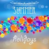 Baloons sur le fond d'été avec des fusées Images stock