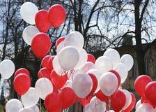 Baloons vermelhos e brancos Foto de Stock Royalty Free