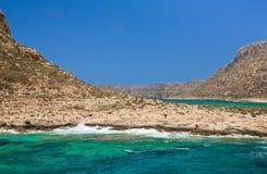 Balos海湾。克利特在Greece.Magical绿松石水域,盐水湖,纯净的白色沙子海滩中。 免版税图库摄影