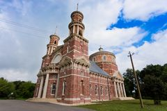 Balovnevo, regione di Lipetk, la chiesa di Vladimir Icon della madre di Dio nello stile gotico Fotografia Stock Libera da Diritti