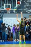 balowej koszykówki latający gemowy obręcz Obraz Stock