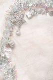 balowych bożych narodzeń dekoracj nowy faborku s srebny płatka śniegu rok Fotografia Royalty Free