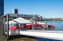 Balsa de Brisbane CityCat no rio de Brisbane em Austrália Fotografia de Stock