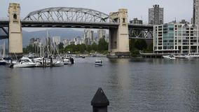 Balsa de False Creek filme