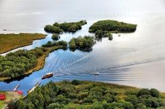 Balsa e molhe de Derwentwater no distrito dos lagos Fotos de Stock Royalty Free