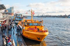 Balsa Jan Molsen do porto do transporte público fotos de stock