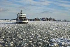 Balsa no inverno de Helsínquia Fotos de Stock Royalty Free