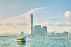 Balsa no porto de Hong Kong Foto de Stock