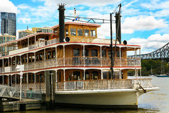 Balsa velha, rio de Brisbane Foto de Stock Royalty Free