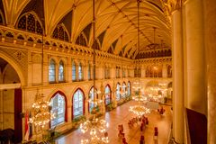 Balsal i det Wien stadshuset, Österrike Royaltyfria Foton