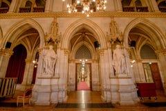 Balsal i det Wien stadshuset, Österrike Royaltyfria Bilder