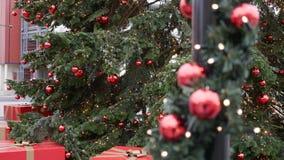 Balss rouges lumineux de décoration d'arbre de Noël Briller, scintillement Photos stock