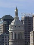 Baltimore horisont med stadshuset Royaltyfri Foto