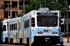 Baltimore, M.D.:  Lichte het Spoortrein van MTA royalty-vrije stock fotografie