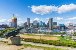Baltimore, Maryland, de V.S. 09-07-17: De horizon van Baltimore op zonnige D Royalty-vrije Stock Afbeeldingen