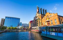 Baltimore, md, de V.S. 09-07-17: de binnenhaven van Baltimore op zonnig DA Stock Afbeelding