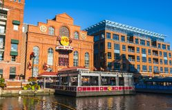 Baltimore, md, de V.S. 09-07-17: de binnenhaven van Baltimore op zonnig DA Royalty-vrije Stock Afbeeldingen