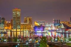 Baltimore på natten Arkivbilder