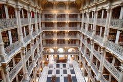 BALTIMORE, usa - CZERWIEC 23, 2016 wnętrze Peabody biblioteka Fotografia Royalty Free