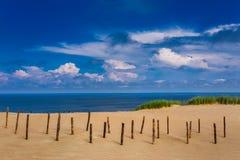 Baltische duinen Unesco-erfenis Nida wordt gevestigd op het Curonian-Spit royalty-vrije stock foto's