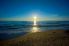baltisk havssolnedgång Fotografering för Bildbyråer