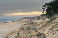 baltiska dyner sand havet royaltyfri bild