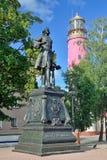 BALTIYSK RYSSLAND - 20 AUGUSTI 2017: monument till den ryska kejsaren Peter det stort Baltiysk Kaliningrad oblast, Ryssland Arkivfoto