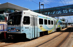 Baltmore, M.D.: Lichte het Spoortrein van MTA Stock Foto's