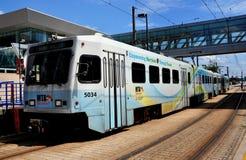 Baltmore, MD: Treno della ferrovia della luce del MTA Fotografie Stock