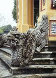 balustrade en forme de dragon en Hue Imperial Palace photo stock