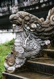 balustrade en forme de dragon en Hue Imperial Palace images stock