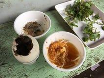 Balut (nawożący kaczki jajko) obraz stock