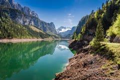 Balzi nel lago della montagna in Gosau, le alpi, Austria Fotografia Stock Libera da Diritti