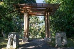 Bambú del arco en el parque en Chiang Mai Thailand Imagen de archivo libre de regalías