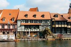 Bamberg, Duitsland - 04 01 2013: meningen van de straten van Bamberg in zonnig weer stock foto
