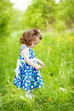 Bambina all'aperto Fotografie Stock